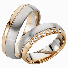 furrer jacot two tone wedding ring imagesitems1043 - Two Tone Wedding Rings