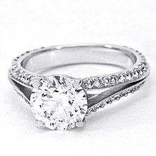 Custom Split-Shank 4-prong Engagement Ring: (/images/Items/1098.jpg)