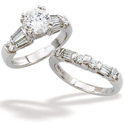 Engagement Ring by Stardust Designs: (/images/Items/204/pic1.jpg) Stardust Diamonds - Engagement Ring,engagement rings,diamond engagement rings