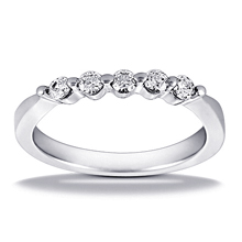 Wedding Ring: (/images/Items/HWB929.jpg) Gold Platinum Diamond Ring ,engagement rings,diamond engagement rings