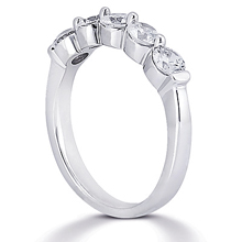 Wedding Ring: (/images/Items/WB2233_Angle.jpg) Gold Platinum Diamond Ring ,engagement rings,diamond engagement rings